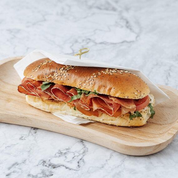 Sandwich cu Prosciutto Crudo
