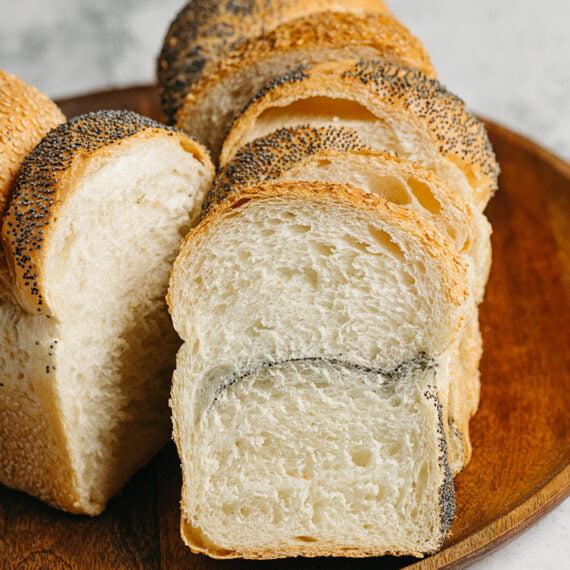 paine traditionala cu mac si susan1